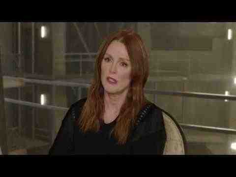 The Hunger Games: Mockingjay - Part 2 - Julianne Moore Interview