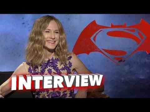 Batman v Superman: Dawn of Justice - Holly Hunter Interview