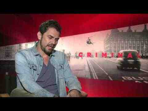 Criminal - Director Ariel Vromen Interview