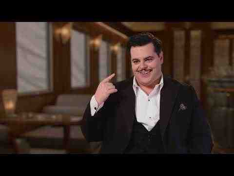 Murder on the Orient Express - Josh Gad Interview