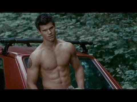 The Twilight Saga: Breaking Dawn - Part 2 - Shirtless Scenes